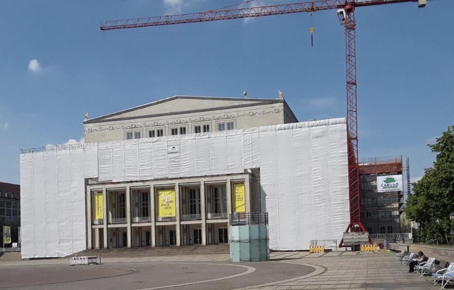 Caruso AUF der Oper