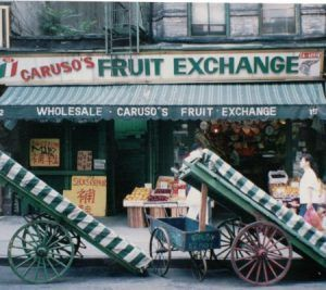 "Obstmarkt in ""Little Italy"", New York"